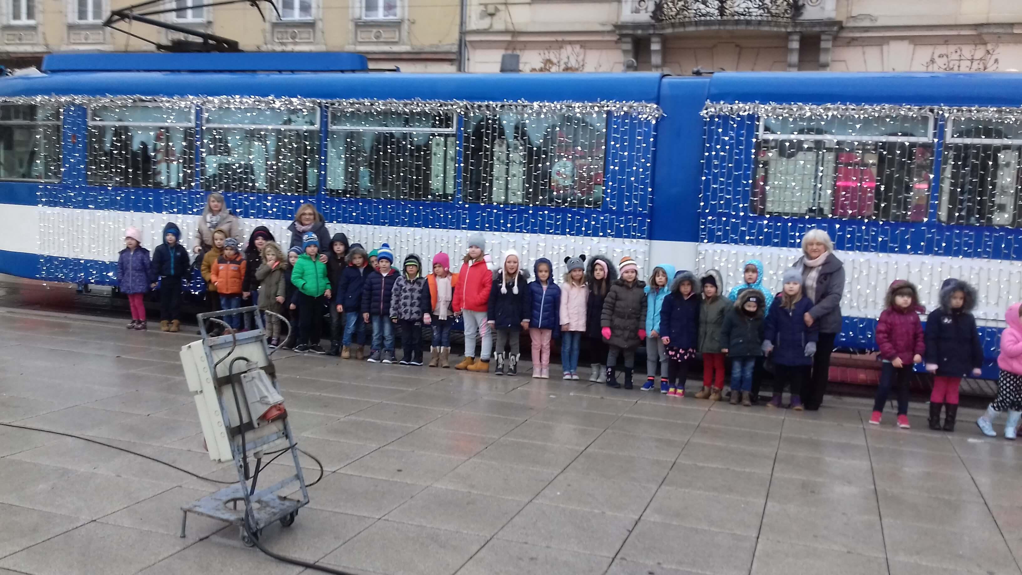 Bozicni tramvaj u Osijeku